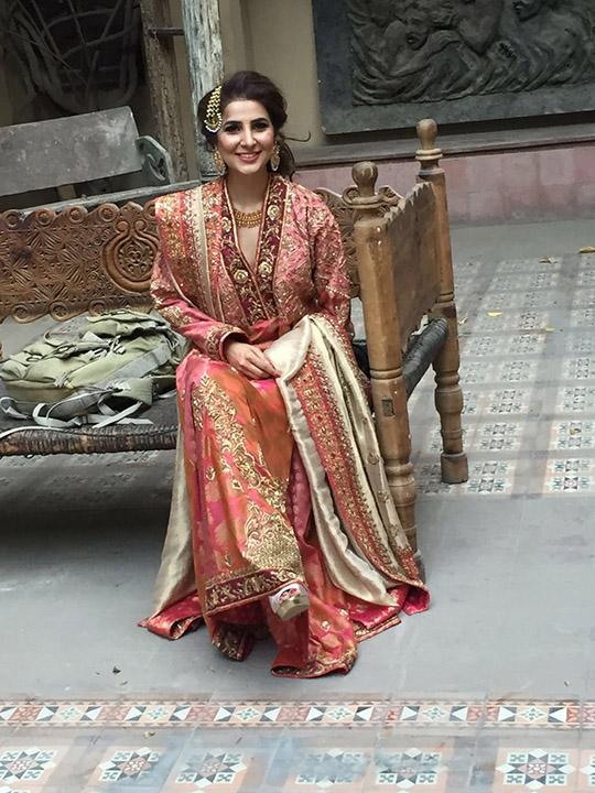 sanam_chaudhr_bridal_shoot_bts_540_08