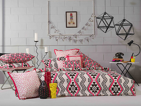 whats in store gul ahmed ideas home inviting autum winter collection secret closet. Black Bedroom Furniture Sets. Home Design Ideas