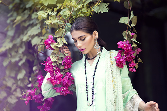sapphire_eid_luxe_collection_2016_540_01