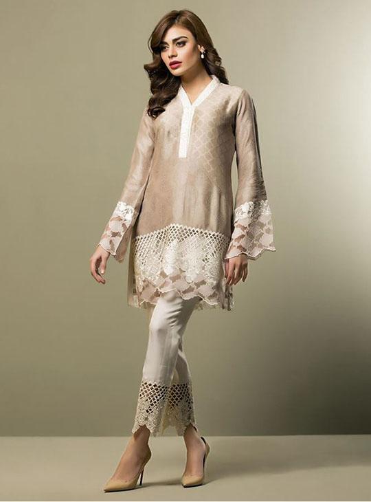 zainab_chottani_new_arrival_540_11