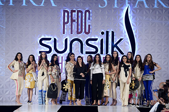 psfw_april_2017_blog_day_1_red carpet_540_24