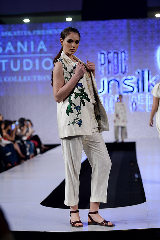 psfw_april_2017_blog_day_1_red carpet_540_27