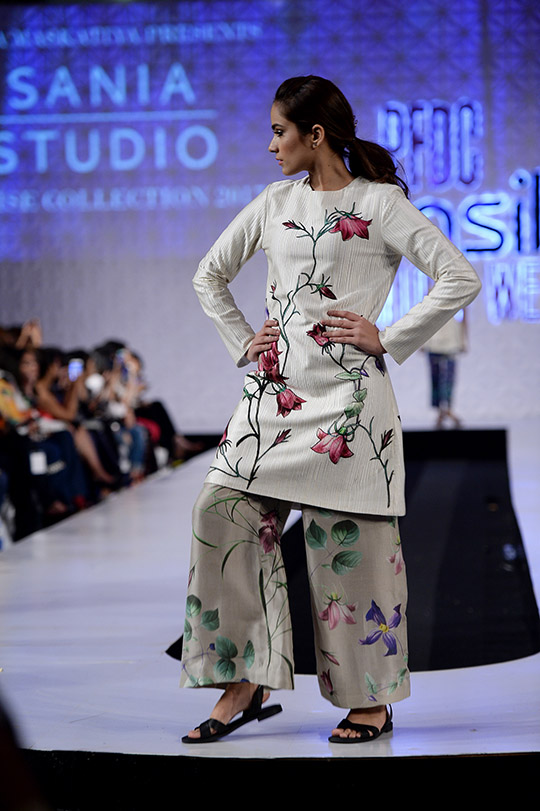 psfw_april_2017_blog_day_1_red carpet_540_28