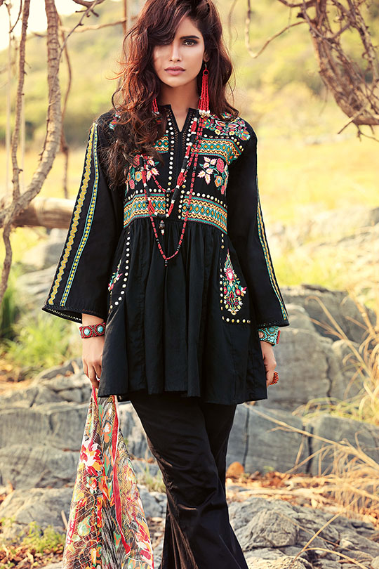 gul_ahmed_eid_collection_540_03
