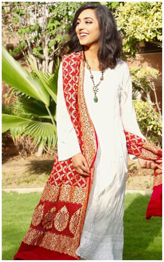Exhibition Hit List: Andleeb Atiq's Chikan Kari Eid Collection!