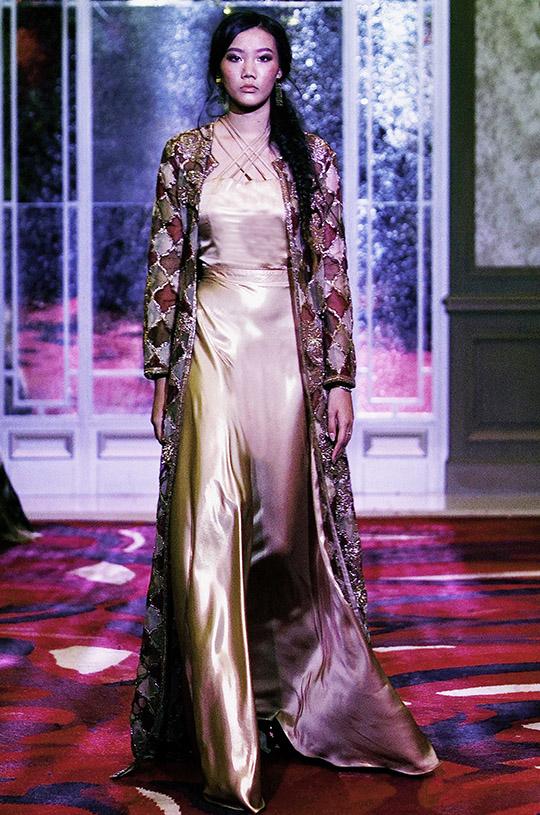 natasha_kamal_paris_fashion_week_2017_540_12