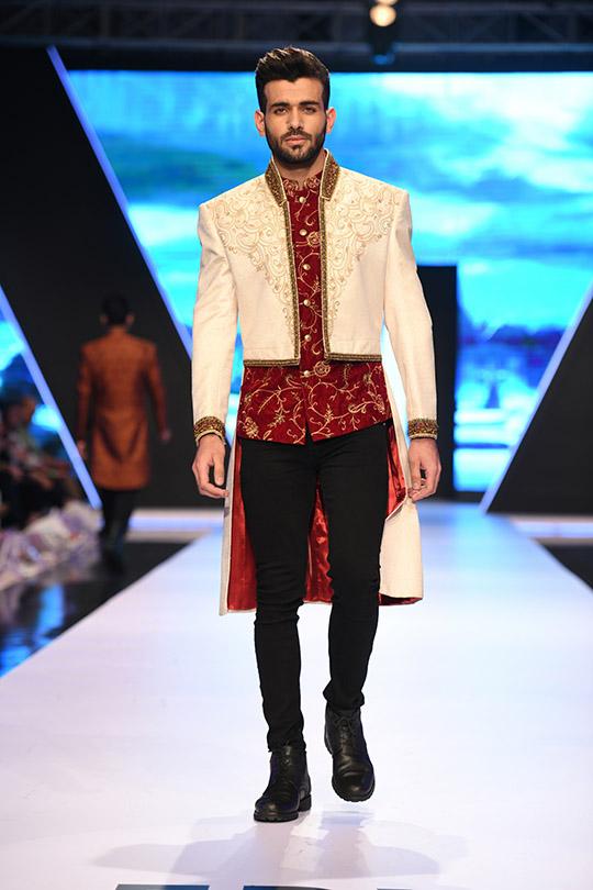 fashion_pakistan_ss_18_blog_amir_adnan_540_11