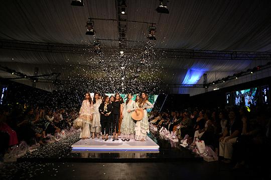 fashion_pakistan_ss_18_blog_farah_talib_aziz_540_12