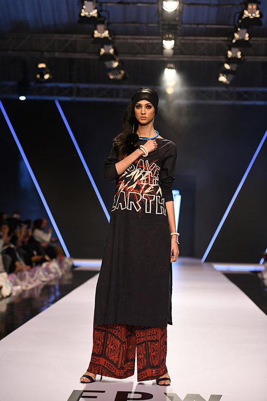 fashion_pakistan_ss_18_blog_gulabo_540_02