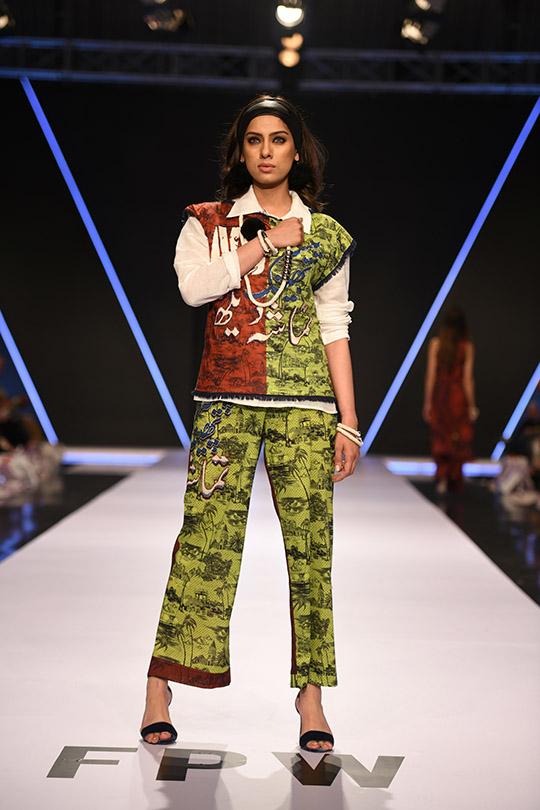fashion_pakistan_ss_18_blog_gulabo_540_07