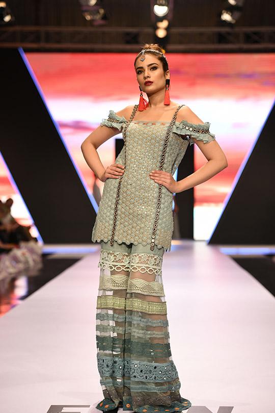 fashion_pakistan_ss_18_blog_yasmeen_jiwa_540_05