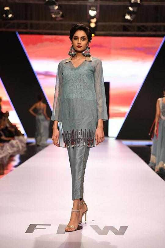 fashion_pakistan_ss_18_blog_yasmeen_jiwa_540_11