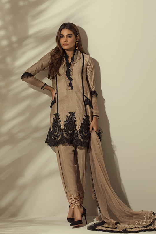 rozina_munib_blog_may_2018_collections_540_21