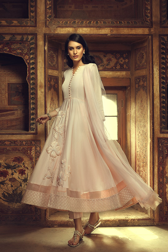 the_light_of_day_collection_ammara_khan_540_11