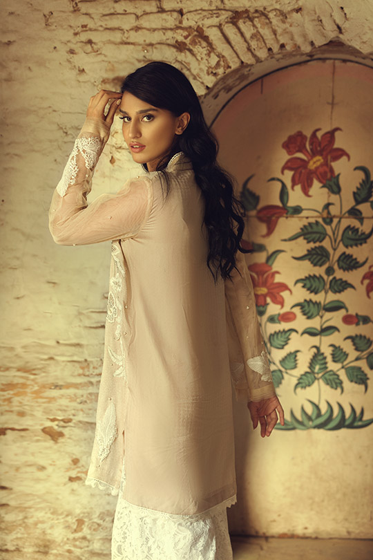 the_light_of_day_collection_ammara_khan_540_16