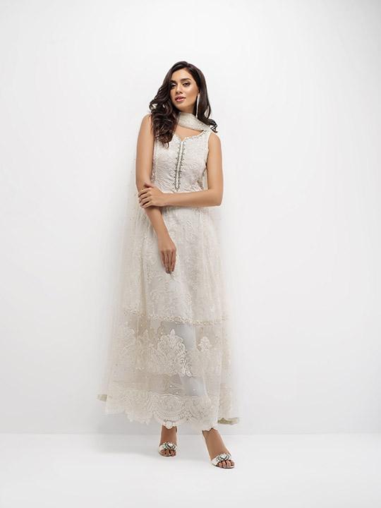 zainab_chottani_eid_collection_monochrome_540_01