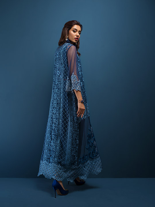 zainab_chottani_eid_collection_monochrome_540_06