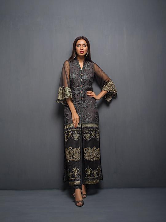 zainab_chottani_eid_collection_monochrome_540_08