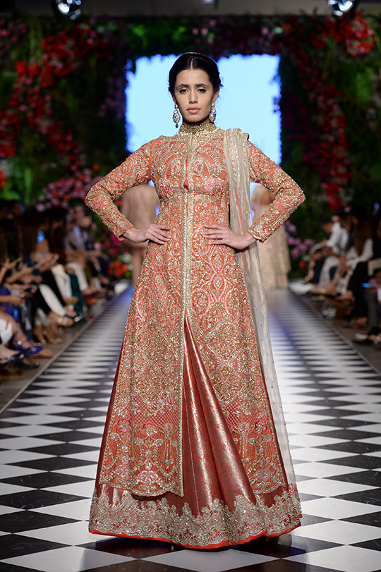 faraz_manan_pfdc_loreal_paris_bridal_week_540_04