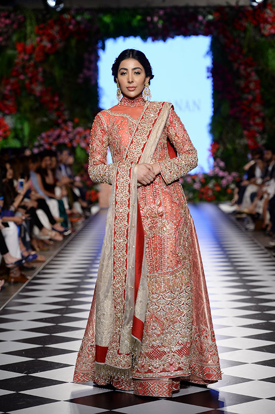faraz_manan_pfdc_loreal_paris_bridal_week_540_06