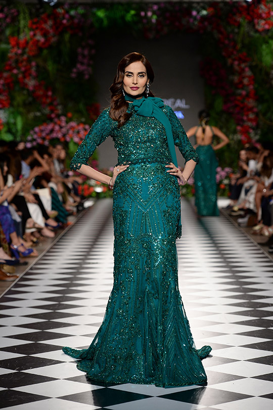 faraz_manan_pfdc_loreal_paris_bridal_week_540_14