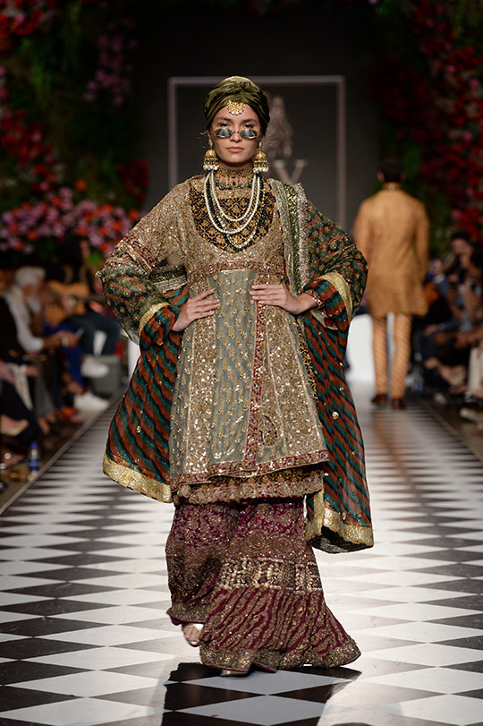 hsy_pfdc_loreal_paris_bridal_week_2018_540_06