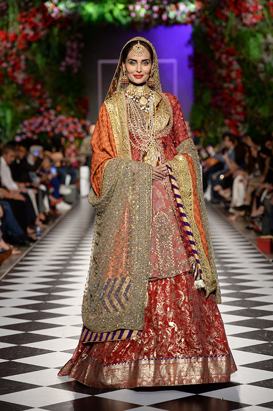 hsy_pfdc_loreal_paris_bridal_week_2018_540_14