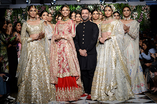 kamiar_rokni_pfdc_loreal_paris_bridal_week_540_10
