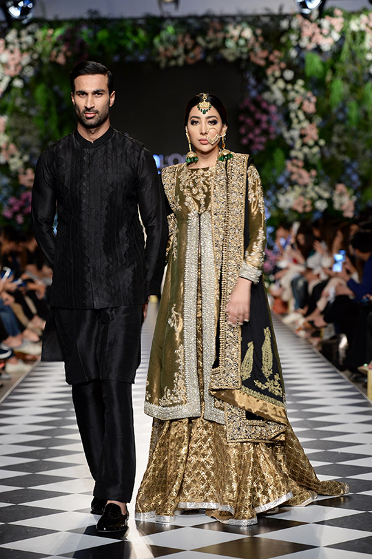 niza_azwer_pfdc_loreal_paris_bridal_week_540_06