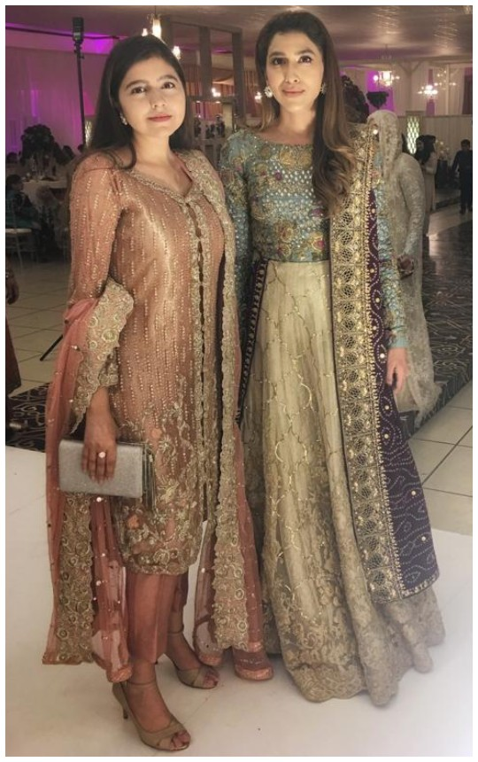 Style Notes: Rabia Farooqui Hits All The Right Notes Donning Nadia Farooqui Designs!