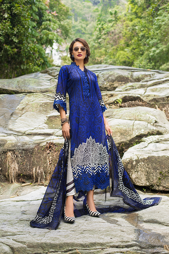 zainab_chottani_luxury_lawn_2019_outfits_540_05