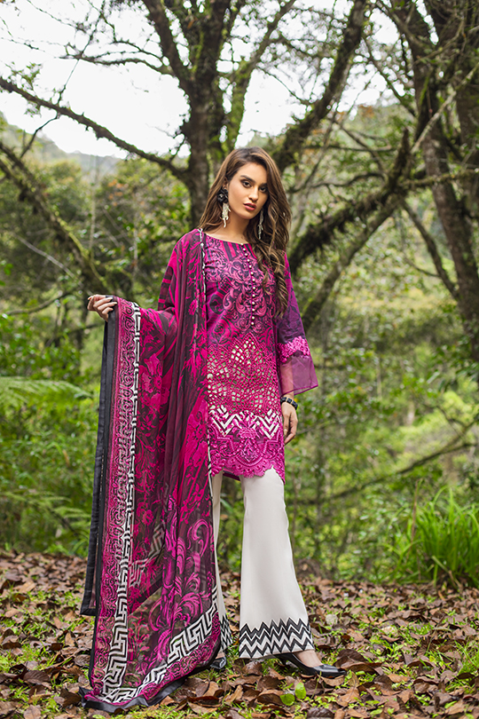 zainab_chottani_luxury_lawn_2019_outfits_540_07
