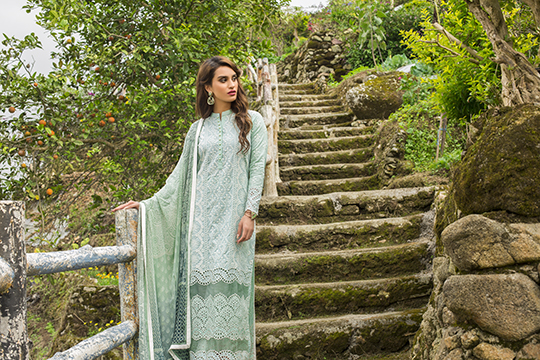 zainab_chottani_luxury_lawn_2019_outfits_540_31