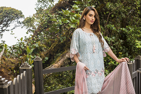 zainab_chottani_luxury_lawn_2019_outfits_540_38