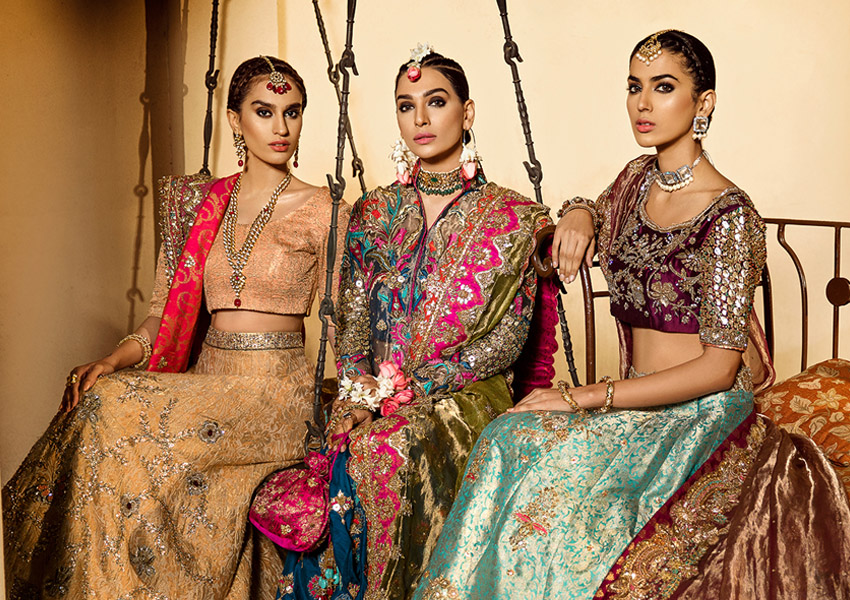 "A Look Into Ammara Khan's Dreamy Bridal Couture Collection ""Ronaq"""