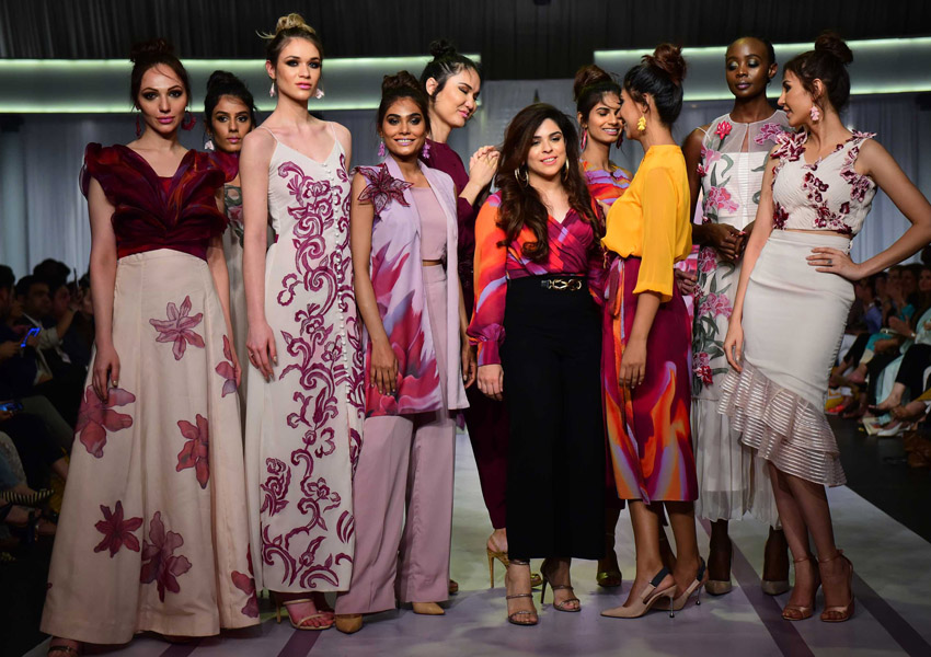 Rizwan Beyg, Natasha Kamal, Khaadi Khaas and Sana Safinaz Close Day 3 Of Pantene HUM Showcase!
