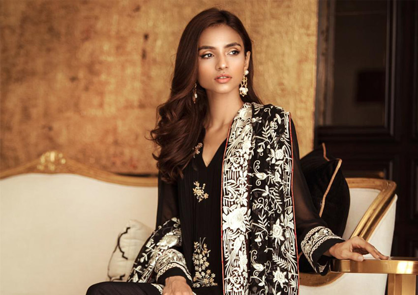 What's In Store: Set The Trend With Mina Hasan's Eid Collection!