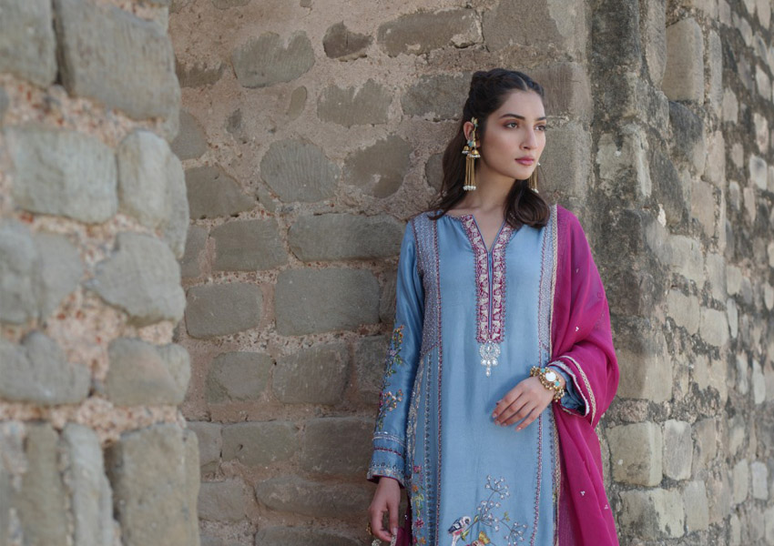 """What's In Store: 6 Looks From Nida Azwer's """"Rohtasgarh"""" Collection That We Love!"""