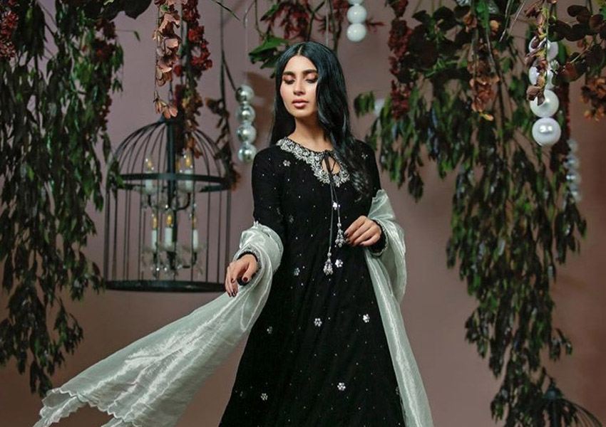 Style Notes!: 5 Picks From Ansab Jahangir's Velvet Collection!