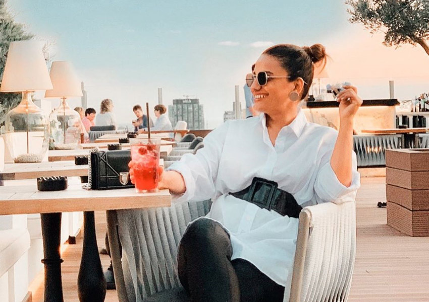 Style Notes!: 6 Times Aneela Murtaza Shows Us How To Get The Perfect Vacation Picture!