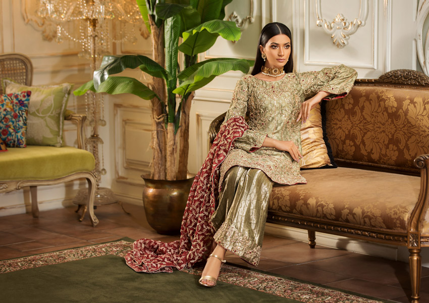 What's In Store: Step Into The Wedding Season In Style With Morri's 'Saphyro' Collection!