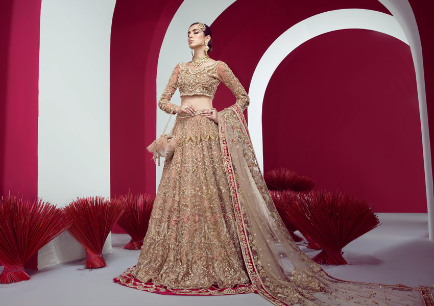 What's In Store: Shiza Hassan's Fashion Forward Wedding Couture Collection Hits All The Right Notes!