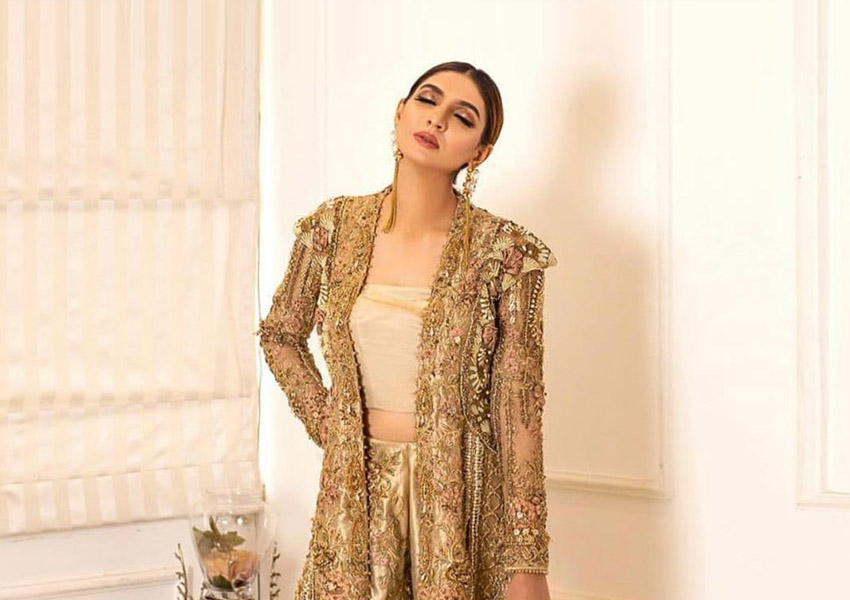 Style Notes! Six Formals From Shiza Hassan That Set The Trend!