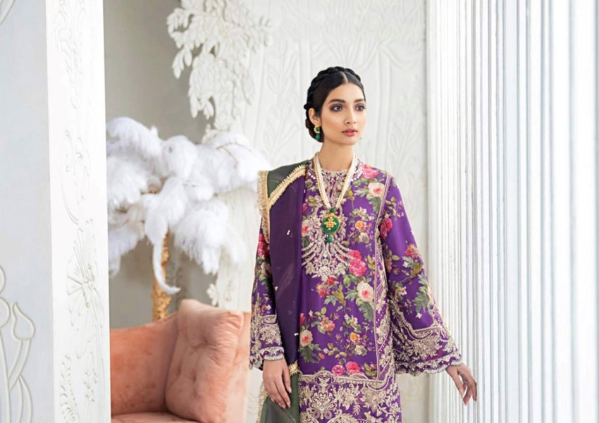 Ready, Steady, Shoot! Suffuse By Sana Yasir Luxury Pret Ups The Ante!
