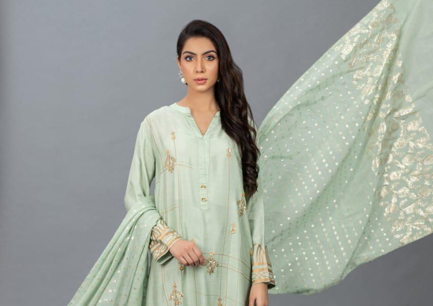 What's In Store: Up Your Style Quotient With Hina Mirza's Eid Collection!