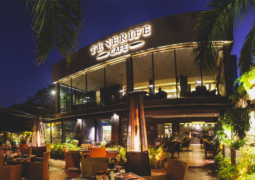In The Spotlight!: Tenerife Cafe Launches Drive In Cinema!