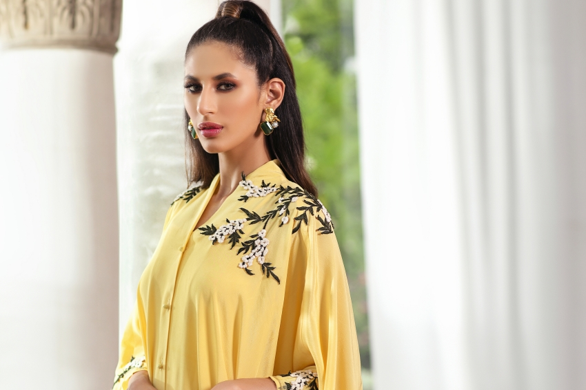 "What's In Store: Umaima Mustafa's Striking Summer Collection ""Ciel"" Will Up Your Style Game!"