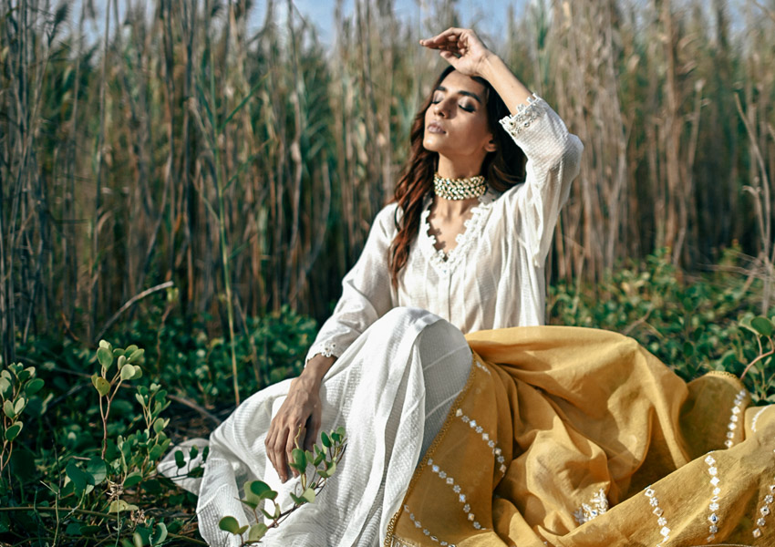 Style Notes!: Noor By Zohra Alam Brings Out The Festive Feels!