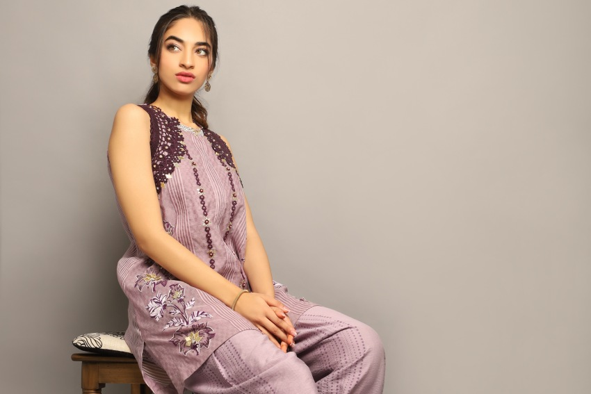 """What's In Store: Look Summer Time Chic With Yasmeen Jiwa's Latest Collection """"The Tea Rose"""""""