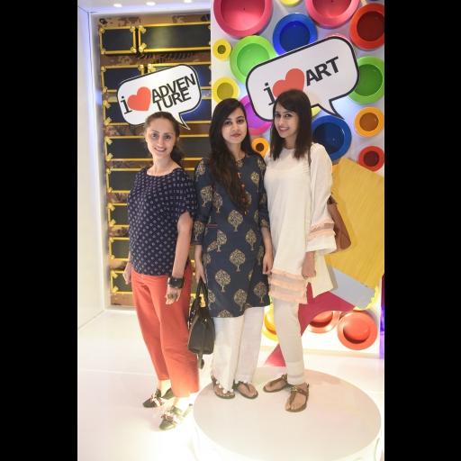Amina Rashid Khan, Rabia Aftab with a guest